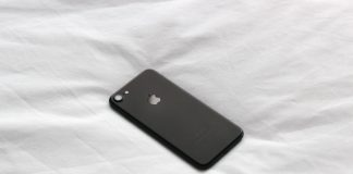 New-Phone-Plans-for-iPhone-XR-with-Prices-in-Australia-on-servicetrending