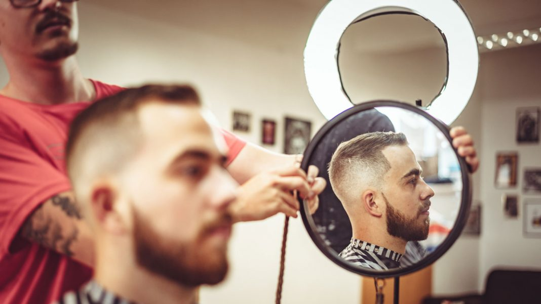 Everything-You-Should-Know-About-Hipster-Haircut-on-servicetrending