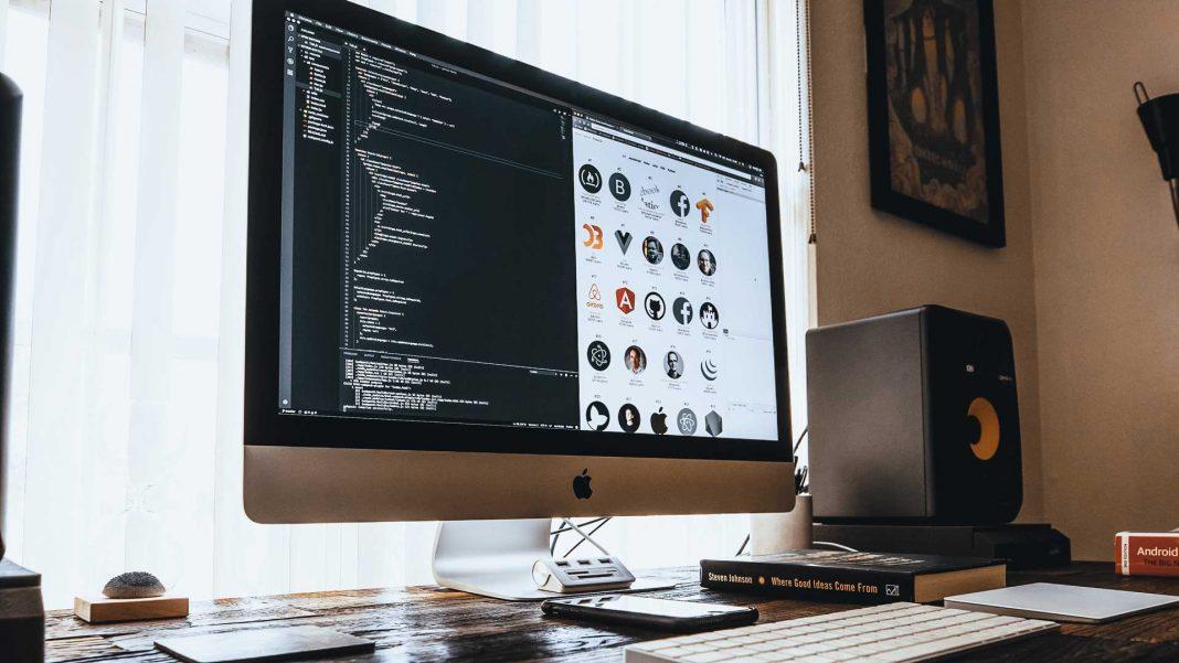 Market-Trends-for-Web-Development-for-Ecommerce-Websites-on-servicetrending