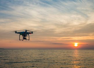 5-Amazing-Business-Uses-of-Commercial-Drones-on-ServiceTrending