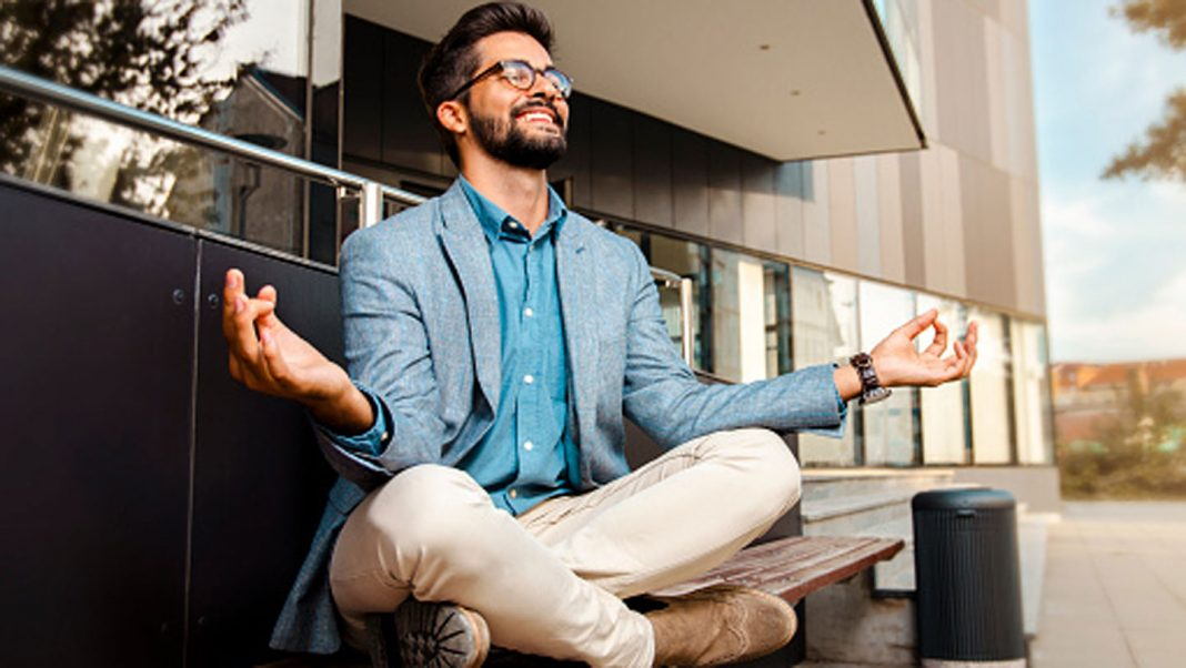 Best-Ways-to-Improve-Mental-Clarity-&-Concentration-on-servicetrending