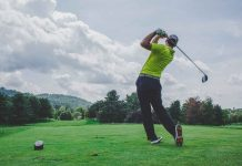 Useful-health-benefits-of-playing-golf-on-ServiceTrending