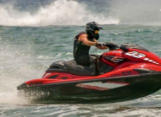Tips-to-Maintenance-Your-Jet-Ski-Right-Way-on-ServiceTrending