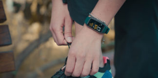 Fitness-Tracker-for-All-Physic-Activity-&-Style-in-2021-on-servicetrending