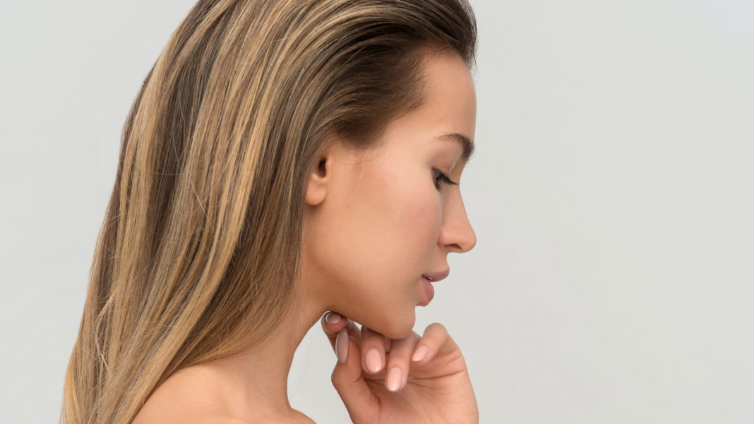 Top-Four-Best-Skin-Care-Tips-at-the-Age-of-Twenty-on-servicetrending